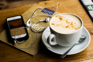 ontspannen muziek luisteren