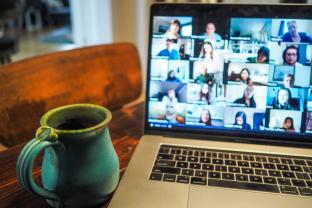 Tip bij het online vergaderen